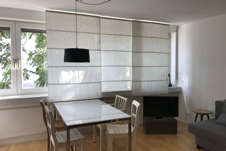 uniquely central, 2-room apartment fully furnished