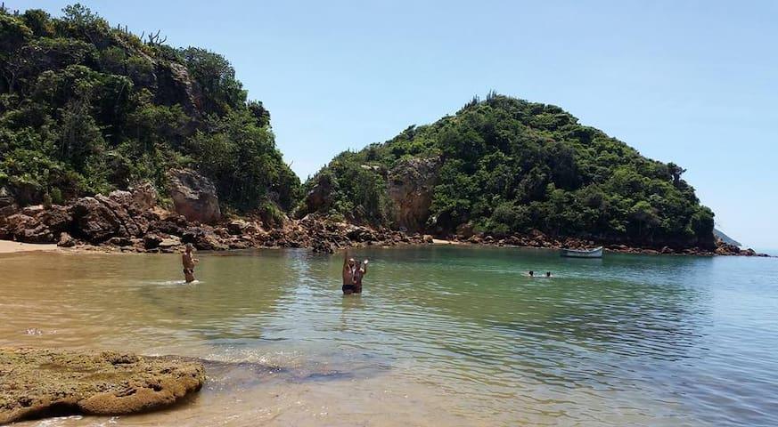 Suite casal econômica em Búzios- Praia Rasa
