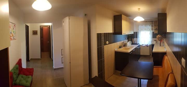 Cozy Militari Apartment