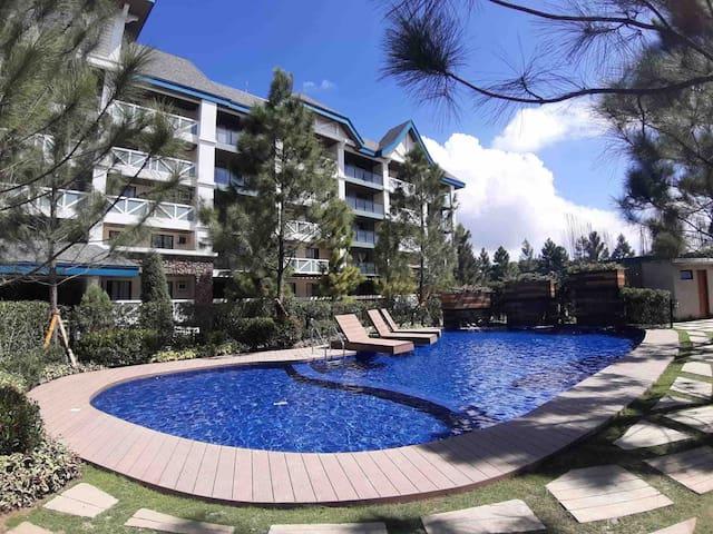 Chic Condominium in Pine Suites Tagaytay Residence