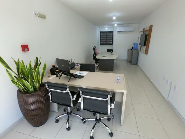 Sala Completa com Ar/wifi/tv/impressora - Próspera