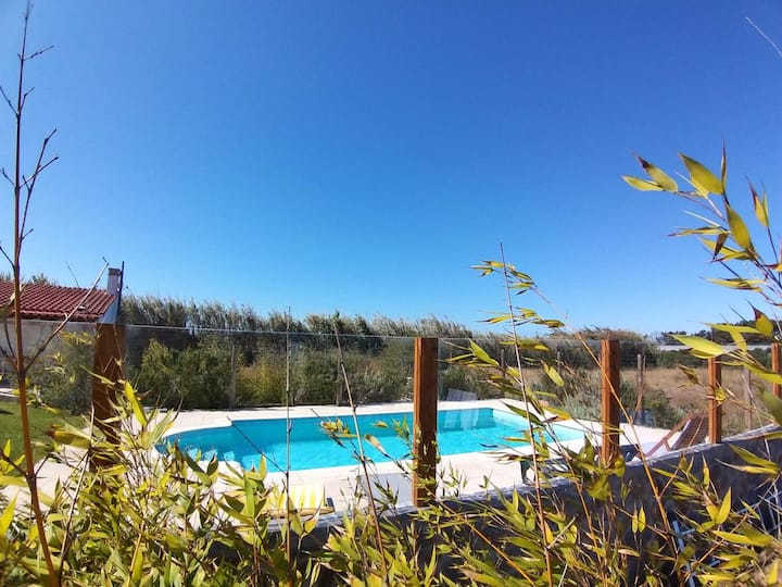 Villa with 5 bedrooms in Cabo Sardão, with private pool, enclosed garden and WiFi - 13 km from the beach