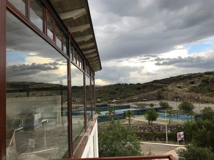 PH Apartment with Amazing Views