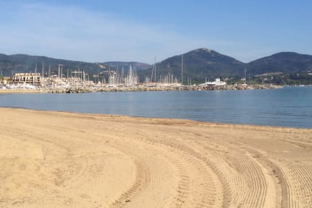 Appt T2 lumineux face à la mer proche de St-Tropez - Cogolin