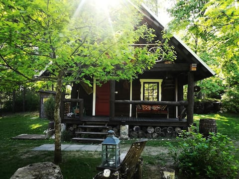 Cozy cabin for two/Namelis miške - Pirtelė Dviem