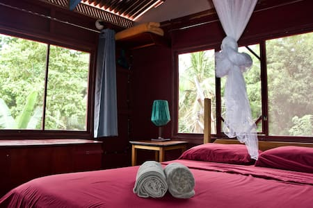 Treetop Balcony Room with 10MB fiber-optic WiFi!