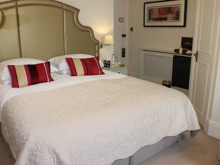 Double room-Luxury-Ensuite with Shower-Super King