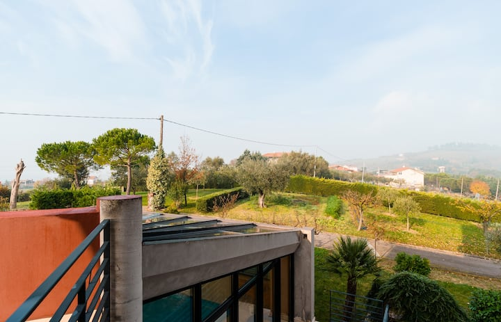 Margherita, extra view on the hill