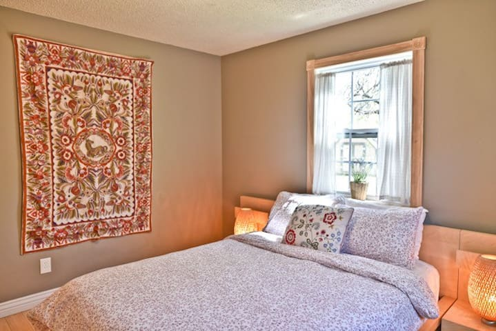 Bright bedrooms with lots of nice linens provided like Down Comforters!