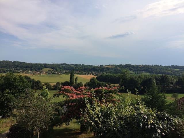 Chambre isolée calme - Saint-Chef - Дом