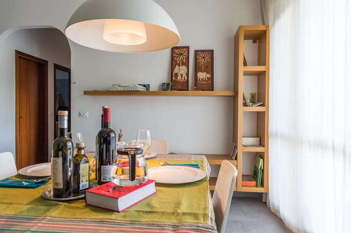 Grande e confortevole appartamento - Червиа - Квартира