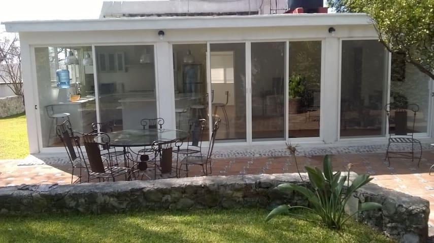 Casa 6 personas  remodelada acabados de lujo.
