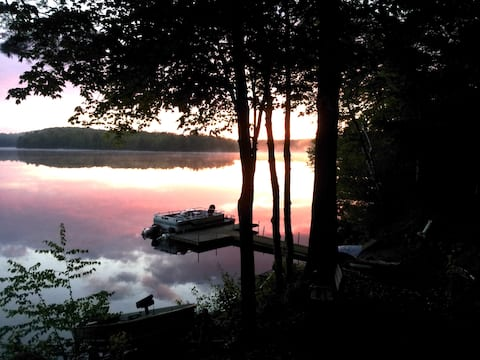 Camelot on the Lake- 2 Cabins On Snowmobile Trail!