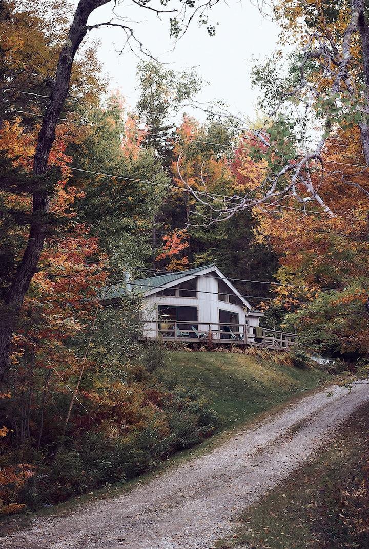 Snow Valley Cabin-Cozy Escape Near Skiing & Nature