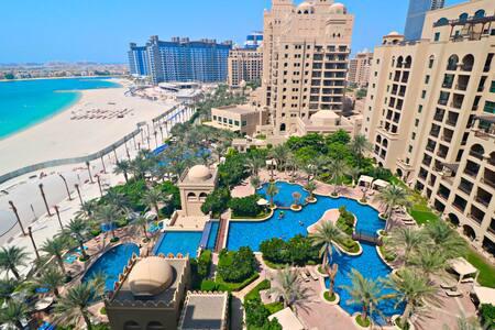 Seaview+Full access to beach club+High Floor