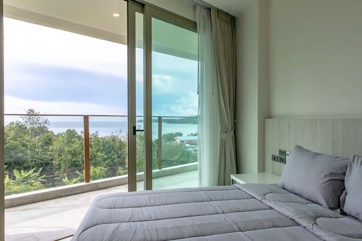 1 Bed Sea View Apartment near beach - B32