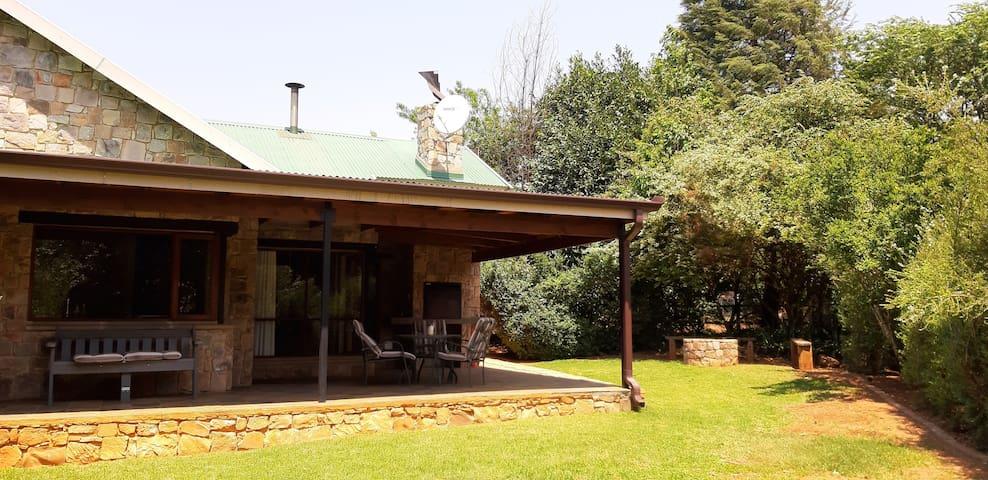 Big Oak Cottages Cupule