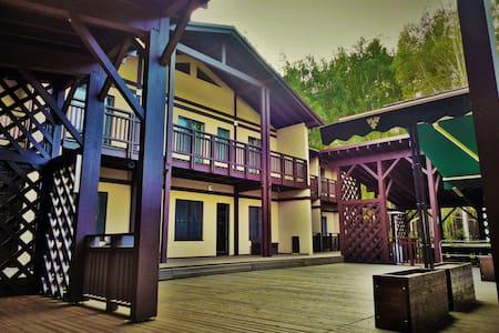 База отдыха «Волна», гостиница. 101