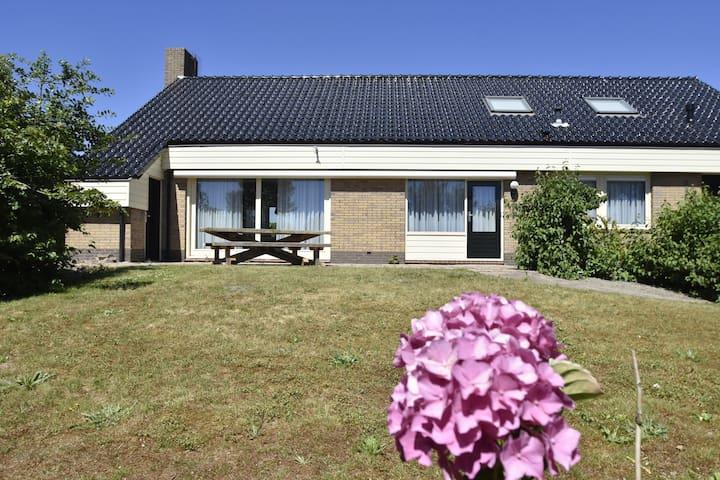 Spacious Holiday Home in Julianadorp with Garden