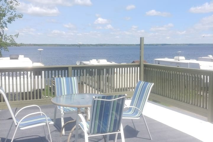 Boaters Paradise in Beautiful Long Point, ON