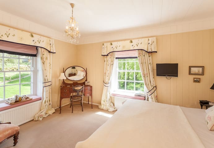 Most Luxurious B&B In High Dartmoor - Devon - Wikt i opierunek