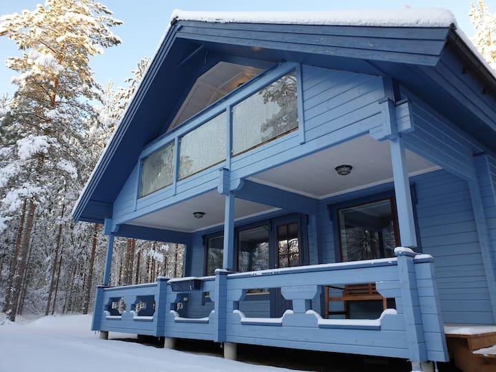 Modern 2-floor wooden cabin near Skattungbyn