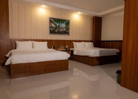 Quadruple Room Baratha Hotel