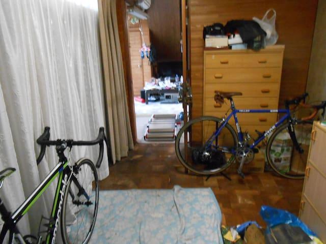 自転車好きな人の家 - Kazo-shi - Casa