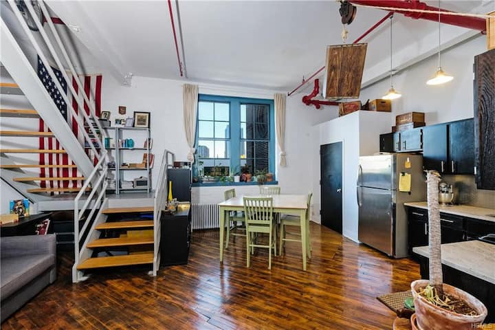 Historic new-Ro Loft-Monthly stays only