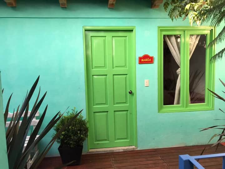 Suite c/ baño y cocina privada (3px max)