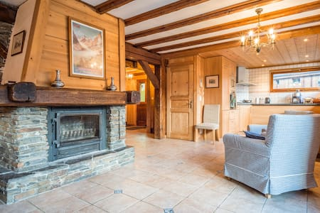 Spacious chalet with stunning view - Saint-Gervais-les-Bains - Chatka w górach