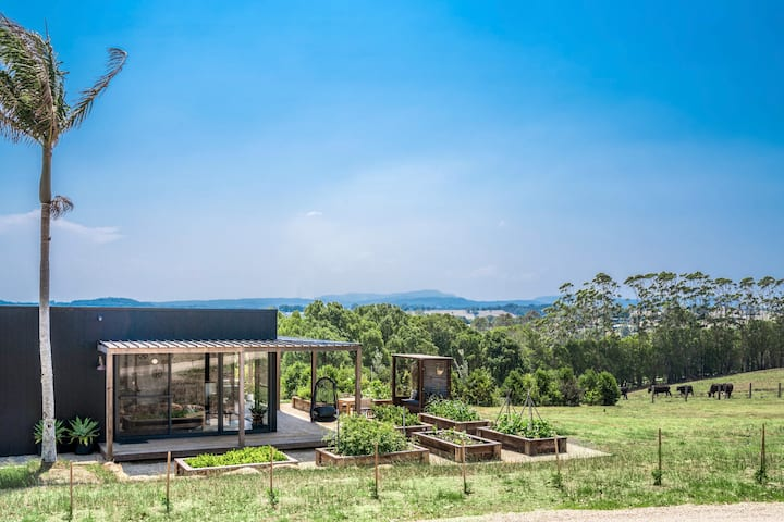 Luxe Oceanview Studio just minutes to Byron Bay