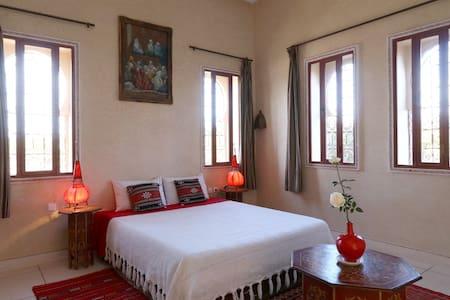 Chambre d'hôtes RIAD BELOISEAU - Marrakech