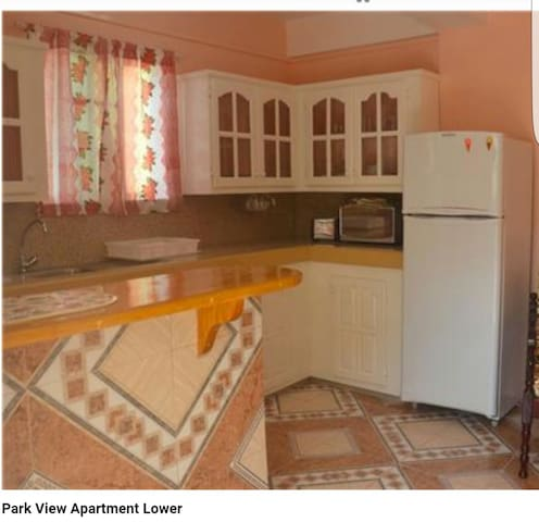 Park View Apartments (Apartment 2) - Port Elizabeth