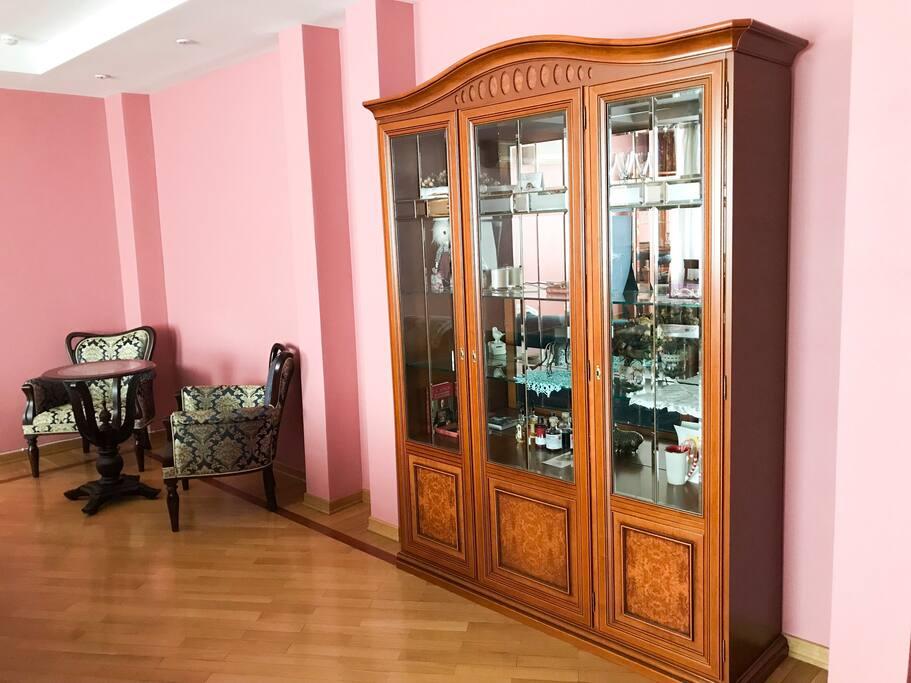 Living room (AC)