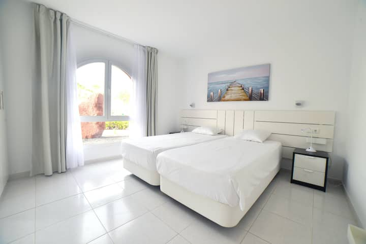 Luxury Apartment Ocean View 100mt FROM THE BEACH