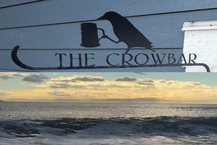 The Crowbar by the Sea