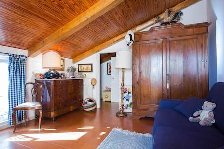 Accogliente casa nel borgo antico - Borgio