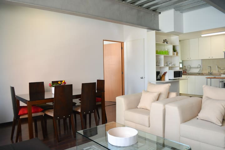 Great Apartment! Close to everything!