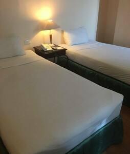 The Golden Peak Condotel Room 1217 - Cebu City