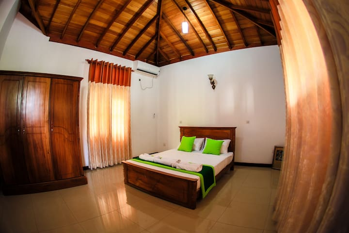 Private room only - Minuwangoda - Villa