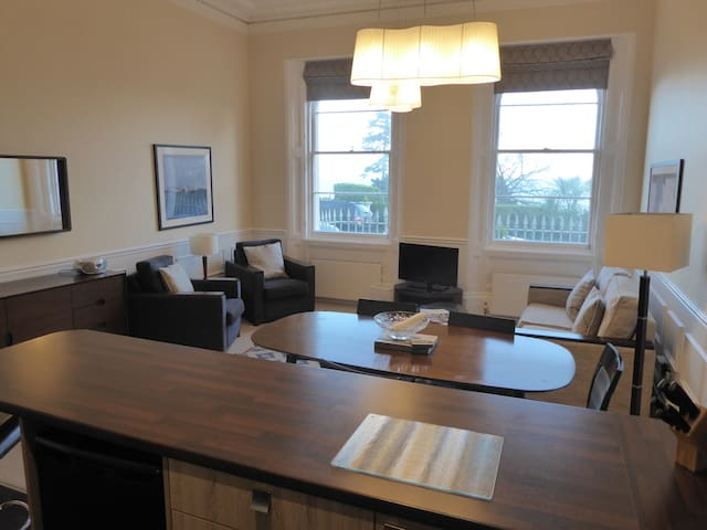 The Osborne Apartments - Apt 14 - 1 Bed Sea View