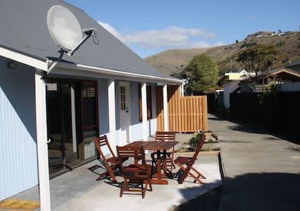 Sumner Beach Cottage - Christchurch - Huis