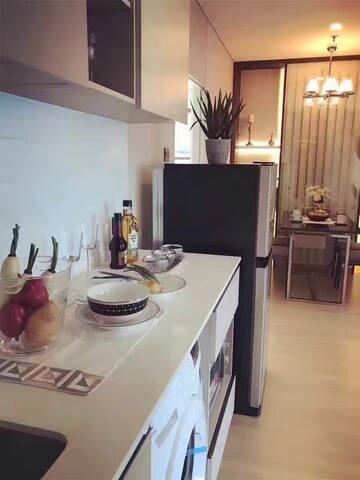 现代感的曼谷市区一居室 - 曼谷 - Daire