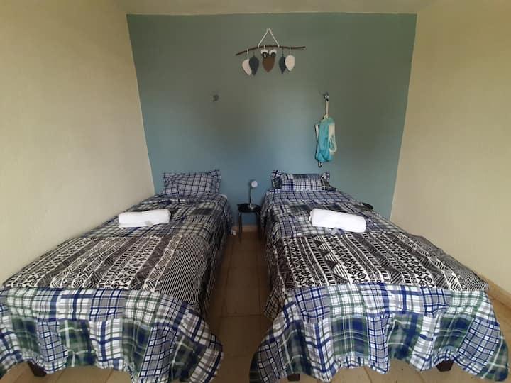 Habitación Azul Maya en Casa San Diego con alberca