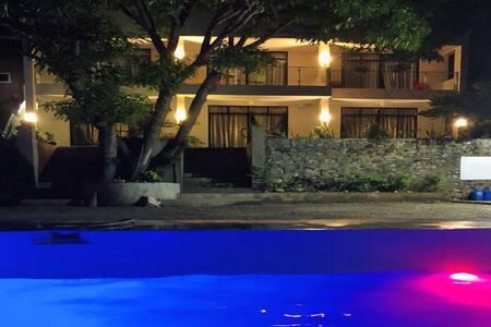 Bentrina Diving Resort - King Size Bed 2