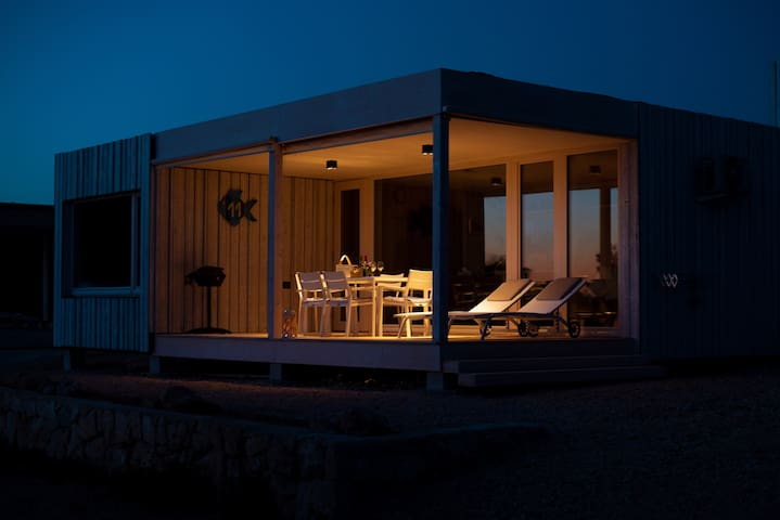*DESIGN BEACH HOUSE 11* Sea & Sunset View, Terrace