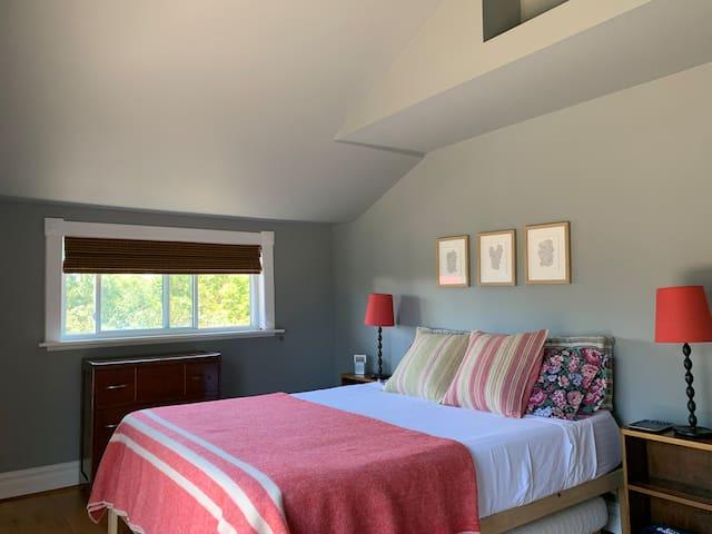 The master (rear bedroom) queen-size, memory-foam mattress  - second floor.