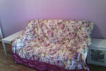 уютная квартира для семьи - Kíev