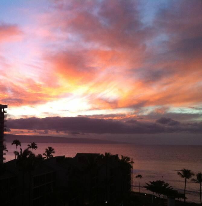 Maui sunset from lanai